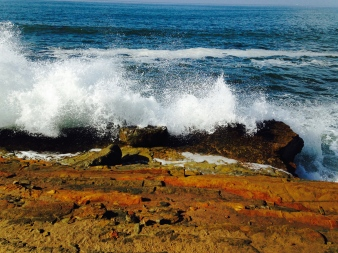 Crashing waves of the Pacific Ocean