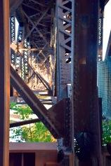 Straight on under the bridge