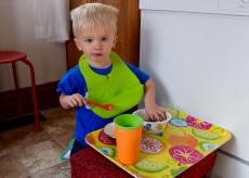 Makeshift child's table at dinnertime